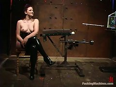 Caroline Pierce Gets Fucked By A Fucking Machine While Being Bound