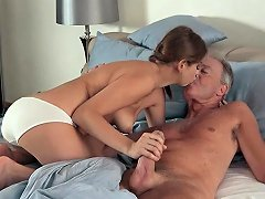 Sexy Teen Lets Dad Finger Her Fuck Her She Swallows Cum Nuvid