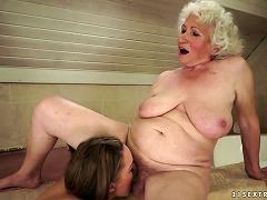 Kinky Teen And Horny Grandma Licking Pussy In Lesbian Video