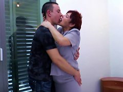 Going Home With A Mature Slut And Nailing Her Wet Cunt