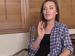 Ferda Teenager Gets Facial On Casting
