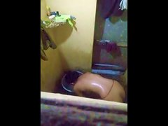 Desi Teen Caught In Bathtube