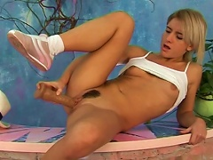 Nancy Is Drilling Her Hairy Puss With Dildo