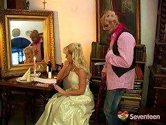 Dirty Teen Princess Loves Salacious Sexual Affairs