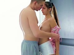 Flexible Brunette Teen Gives Head Standing On Her All Four