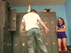 Ed Brunette Kirra Lynne Sucks A Dick In The Locker Room