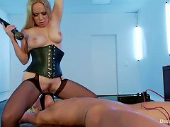 Maia Davis Licks Aiden Starr's Pussy And Gets Dominated