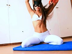 Perfect Body Teen. Cameltoe Perfection In Tight Yoga Pants.