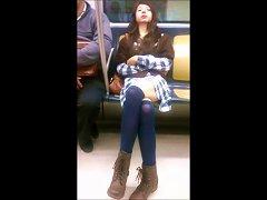 Chica Guapa Lindas Piernas Metro Linea Dorada 12 Mx