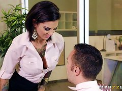 Tattooed Office Babe Bonnie Rotten Fucked By Big Dick