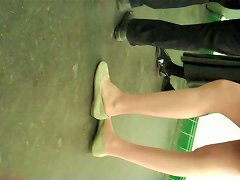Candid Teen Students Pantyhose Legs And Feet Shoeplay