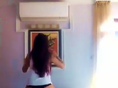 Bulgarian Teen Try To Dance