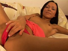 Is This Rubber Dildo Sweeter Compared To Her Boyfriend's Meaty Cock,find Out