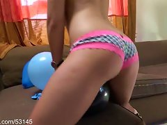 Booty And Balloons Hd