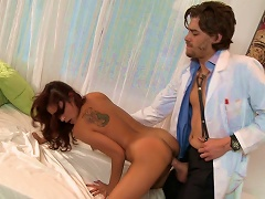 Sexy Teen Gets Nailed By Her Doc
