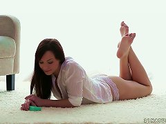 Wanking A Guy With The Soles Of Her Feet Gets This Fetishist Horny!