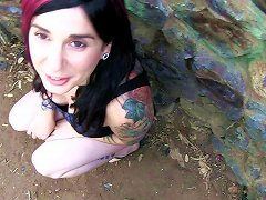 Punk Girl On A Hike Gives Him A Quick Blowjob In Public
