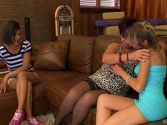 Smooth-skinned Teen Going Lesbian Together With Two Horny Grannies