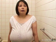 Mature Slut With Huge Tits Titty Bangs Cock And Gets Wet Tshirt