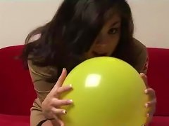 Mia In Solo Masturbation Shows Hot Ass And Natural Tits While Playing With Balloon