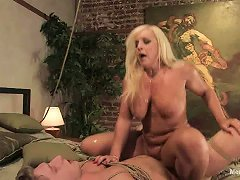 Curvaceous Alexis Golden Humiliates Some Tied Up Guy