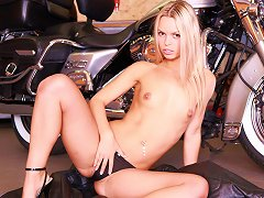 Teen Biker Babe Gets Uncovered