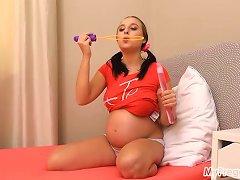 Alyssa Masturbates With A Bubble Wand!