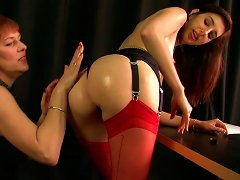 Red Haired Whore In Leather Boots Mishka Devlin Is Gonna Fist Her Young Lassie