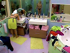 Big Brother Nl Hot  Teen Girl Stripping And Shower