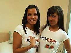 Hardcore Lesbian Pussy-toying Scene With Two Tanned Brunettes