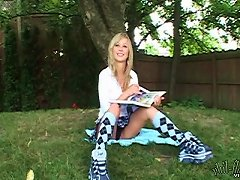 What A Nice Day For Teen Upskirt Pussy Play In The Park
