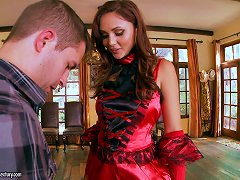 Scorching Enchantress Ariana Marie Gets Her Sugar Trench Banged