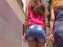 Candid Teen Booty From Gluteus Divinus