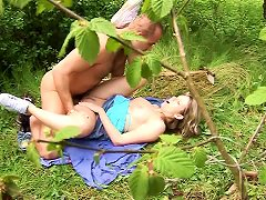 Kissing And Fucking In The Forest With A Beautiful Teen