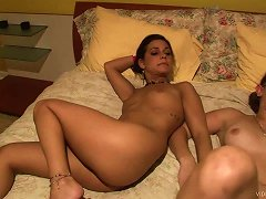 Delightful Amateur Lesbian Getting Her Pussy Licked On Bed In Reality Shoot