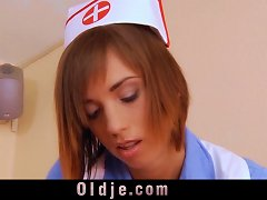 Young Nurse Suck The Old Dick After Sponging It Up