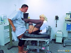 Patient With A Big Dick Brings The Penetration Pleasure To Sexy Doctor