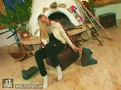 Amazing Alyssa Toys Her Pussy With Big Dildo By The Fireplace