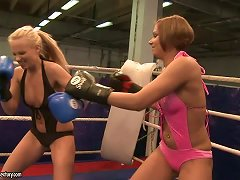 Barbie White And Cipriana Play With Each Other's Vags During A Break