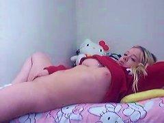 Canadian Teen Blonde Hottie On Webcam In Her Bedroom