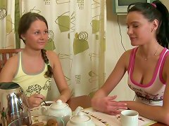 Admirable Teen Veda Fucks Her Sweet And Sexy Lesbian Gf