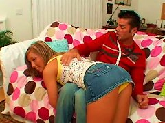 Playful Amateur Gets Seduced By Kinky Dude For Hot Sex Session