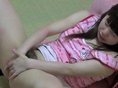 Petite Asian Cutie Rubs Porn Videos