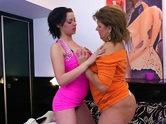Lucky Lesbian Granny Has Her Old Pussy Licked By The Cutest Teen