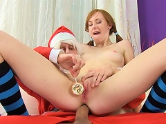 Pigtailed Linda Sweet Is Fucking With Santa