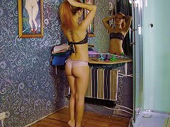 Sensual Honey Simply Loves Pleasuring Her Twat In The Shower